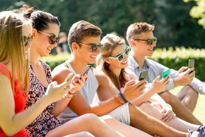friendship-leisure-summer-technology-and-people-concept
